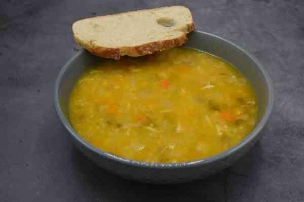 Soupe de julienne, une délicieuse soupe livré chez à domicile ou au bureau